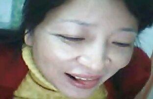Modelnya melakukan masturbasi hot bokep xxx dengan Anal pada webcam.