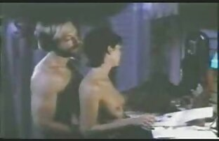 Amatir pasangan seks intens sesi sebelum ia pukulan nya beban di tits nya tante hot porn